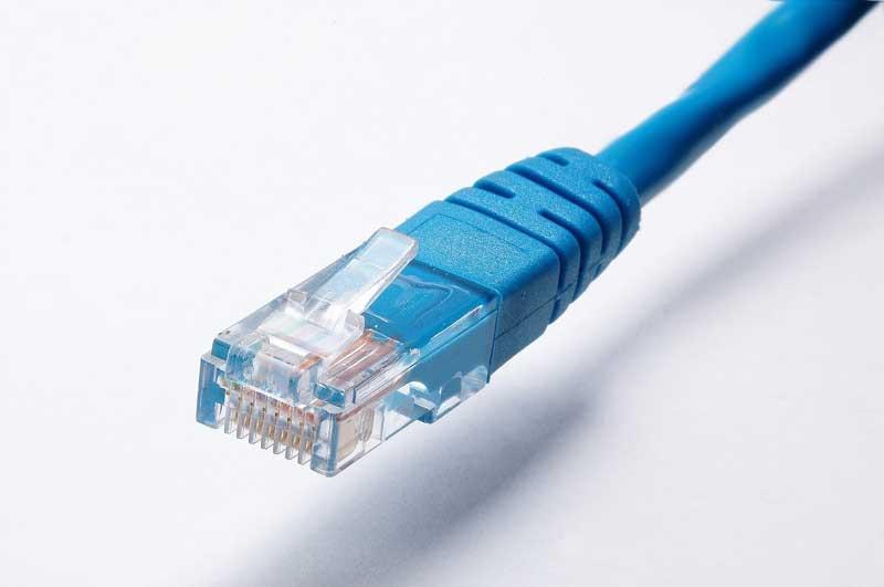 Funkalarmanlage oder Kabel?